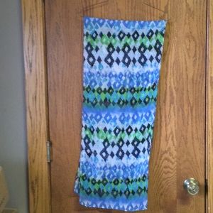 Other - Versatile turquoise print scarf
